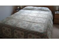 Bedspread double/king size