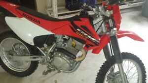 2004  Honda CRF 230F dirt bike $2300 obo excellent condition