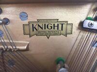 Knight Piano (1973)