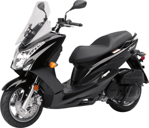 YAMAHA S-MAX SCOOTER 2017