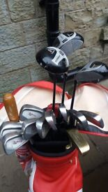 Complete set of right hand clubs and bag.