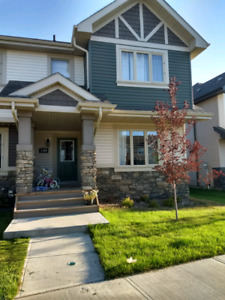 Townhouse in Trumpeter for rent