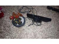 Xbox 360 kinnect , sky landers with 3 figures