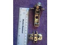 Cabinet hinges x 48