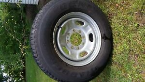 F250 Rims and Tires With Center Caps