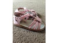 Excellent condition girls sandles