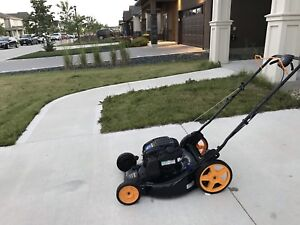 Lawnmower Poulan Pro (around 5 times used only)