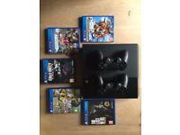 PlayStation 4 500GB Black + 2 Controllers + 5 Games