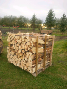 Dry split spruce and pine mixed firewood