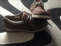 Men's size 9 shoes