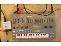Roland MC202 + Doepfer MSY2 MIDI to SYNC Converter