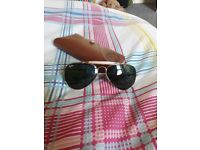 New Ray ban sunglasses. With glassescase