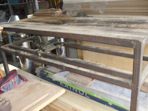 GREAT BIG TABLE SAW WELL BUILD,,USED FOR CUTTING SKIDS FOR SALE,