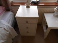 THREE DRAWER BEDSIDE CABINET WHITE