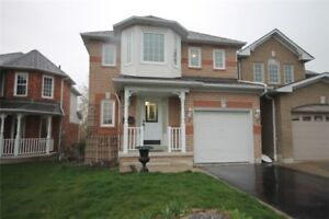 Beautiful 3 Bedroom Home In Very Desirable North Whitby Location