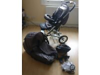 Mutsy Cargo pushchair and carrycot set complete with step-up Mutsy board