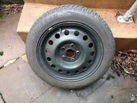 4x Goodyear Ultragrip Winter tyres with rims. Size 205/55/R16.