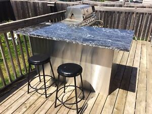 stainless steel bbq and granite bar with smoker
