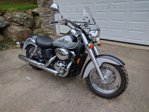 2003 Honda Shadow ACE 750 -  very low km,  well maintained