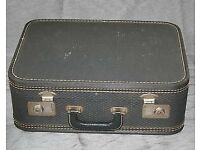 Vintage travel case make nice coffee table