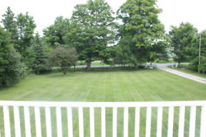 Beautiful Century Farm House For Rent in Shanty Bay
