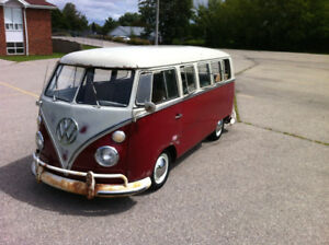 1967 Volkswagen Bus 13 Window Deluxe (vw van)