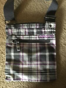 DaKine cross body purse