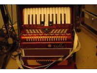 Piano Accordion (Stella, 48 Bass, 2 Voice, 26 Treble Keys)