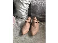 Shoes uk 7
