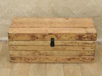 Pine plank wooden storage blanket box (Delivery)