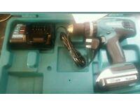 Makita 18v Lithium-ion Cordless Hammer Combi Drill with1 1.3AHBatteries Li-ion