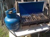 Camping stove 2-burner and Grill