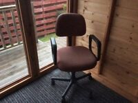 swivel gas filled desk chair
