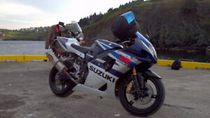 2004 gsxr1000 very fast just maintained