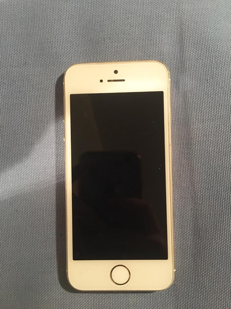 iPhone 5s Gold (16GBin Wimbledon, LondonGumtree - iPhone 5S, Gold, a few scratches at the back but other than that works great. Screen is perfect and camera works fine