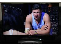 """32"""" PHILIPS 32HH4100 FULL HD LED TV WITH BUILT IN FREE VIEW IN GREAT CONDITION."""