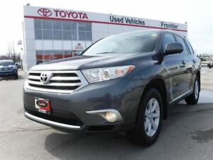 2013 Toyota Highlander V6\AWD\7 Seater\Keyless Entry