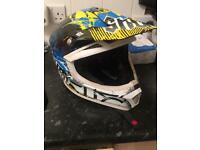 Shot race gear motor cross helmet size L
