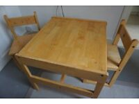 Solid wood Children's table and chairs - delivery available