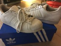 White adidas superstars size 4.5