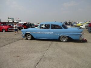 1957 Pontiac 2Dr Post $15000. Rebuilt From Ground Up