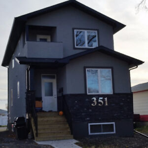 Upstairs Duplex for Rent in Coronation Park Area
