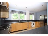SPACIOUS & AFFORDABLE 3B WITH TERRACE,LARGE KITCHEN IN TAEPING ST,ISLE OF DOGS,CANARY WHARF DF658