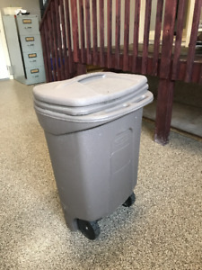 Rubbermaid and Aluminum Garbage Cans
