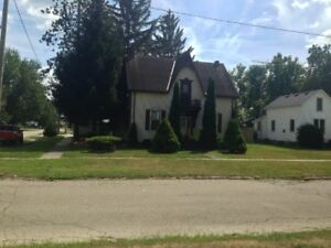 2 STORY HOUSE FOR SALE IN DRESDEN