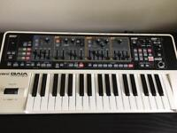 Roland Gaia SH-01 synthesiser in excellent condition