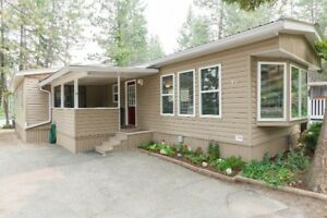 Move in Ready Home in one of Kelowna's Best Parks