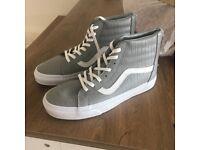 BRAND NEW Vans Grey Leather Hi Top Trainers Unisex UK 7
