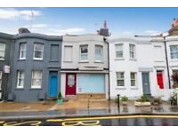 Stunning two bedroom flat by Brighton Train Station