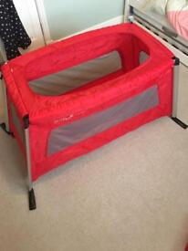 Phil & Teds Travel Cot Bed (Phil and Teds Traveller)